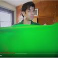 En este video te digo como puedes hacer un chroma key casero para tus videos, hay varios consejos que debes tener en cuenta al escoger tu fondo chroma o […]